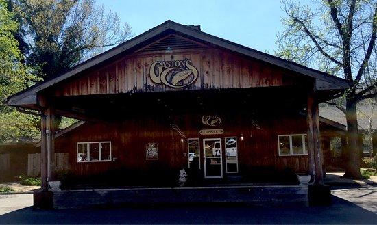 Gaston's White River Resort: photo1.jpg