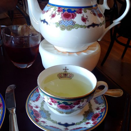 Tea at the Empress : Chamomille tea and tea pot on a warmer