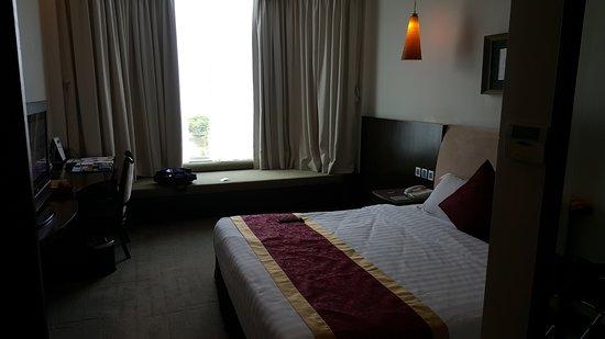 The Hanoi Club Hotel & Lake Palais Residences Picture