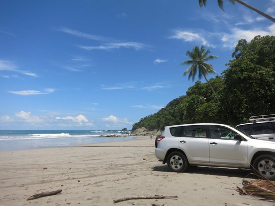 La Playita: Pack your stuff and park on the beach