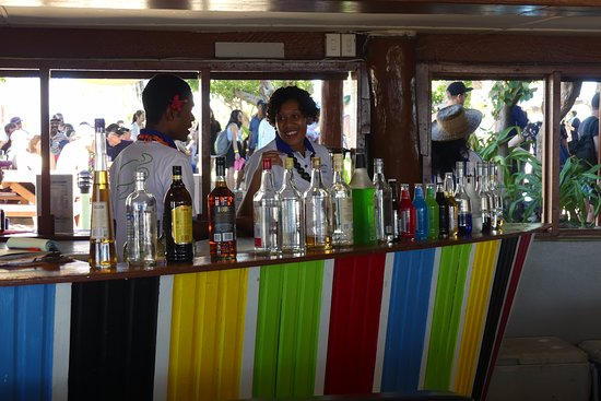 Mamanuca Islands, Fiji: bar