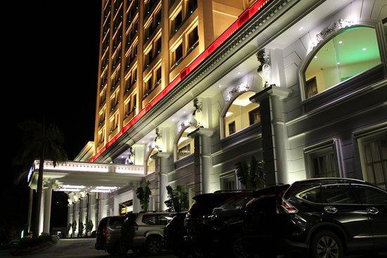 Royal Villas Halong Photo