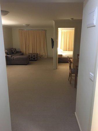 Lifestyle Apartments At Ferntree: photo0.jpg