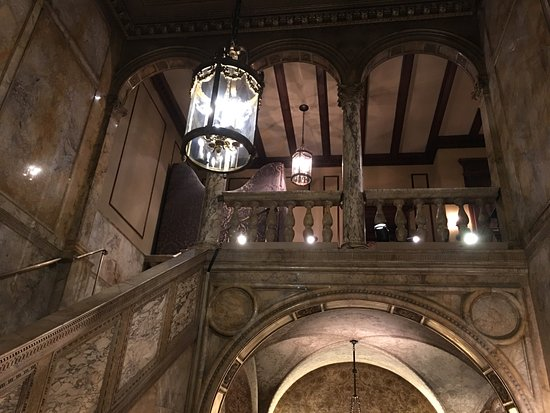 Lotte New York Palace: Incredible architecture
