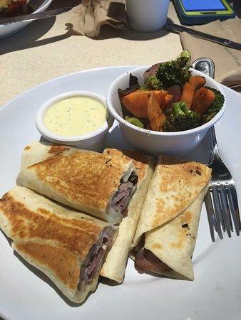 Zo S Kitchen Lean Turkey Pita zoes kitchen, newark - restaurant reviews, phone number & photos