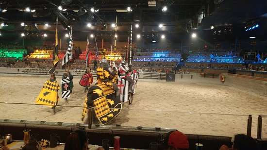 Jan 02, · Medieval Times Dinner & Tournament: Kings Royalty Package - Pricey, YES - Worth it, YES! - See traveler reviews, candid photos, and great deals for Dallas, TX, at TripAdvisor.5/5.