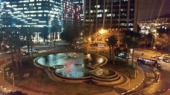 Fountains Hotel: 20160801_065844_large.jpg