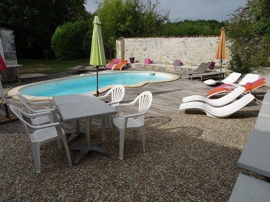 Cherac, Francia: Piscine