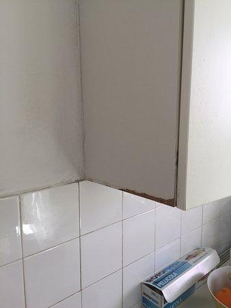 particolare dei mobili della cucina - Picture of Apartments Astra ...
