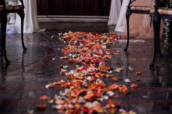 "Londonskaya: Свадьба в Лондонской , декор агенство  ""Тётя Роза"""
