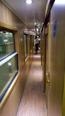 Orient Express Train Hanoi – Sapa