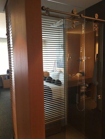 Hotel Le Germain Maple Leaf Square: photo7.jpg