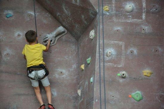 Sabah Indoor Climbing Centre: Отличная скалолазная стенка