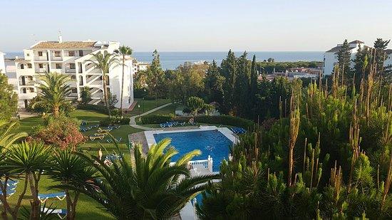 Club Delta Mar Crown Resort: 20160725_202647_large.jpg