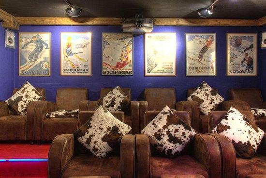 Les Chalets de Philippe: Salle de cinéma Full HD