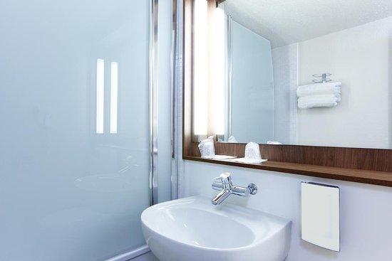 salle de bains hôtel nantes - picture of hotel inn design resto ... - Salle De Bains Nantes
