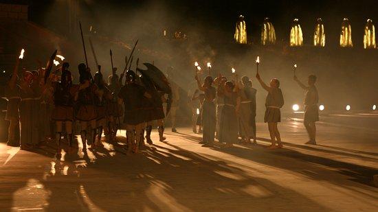 Senise, إيطاليا: Spettacolo Magna Grecia