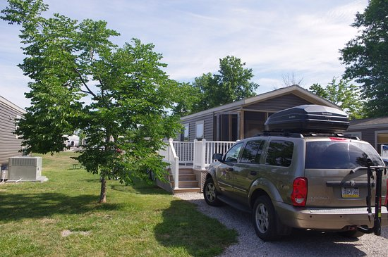 Indian Creek RV and Camping Resort: cottage exterior