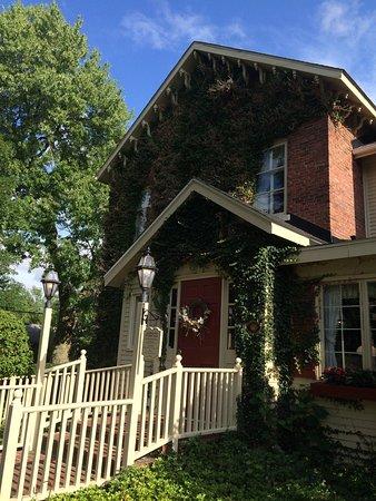 Asa Ransom House: photo0.jpg
