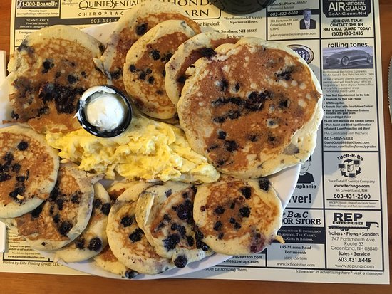 Greenland, NH: Silver dollar pancakes with (optional) real maple syrup and scrambled eggs!!!