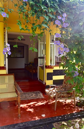 Ananda Home Stay : Outside Space