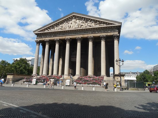 the madeleine church picture of place de la madeleine. Black Bedroom Furniture Sets. Home Design Ideas