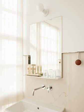 Costa Vella Hotel: Detalle baño