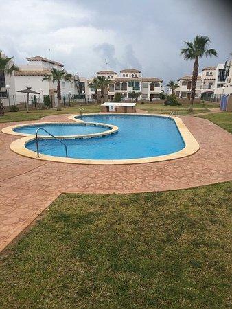 La Cinuelica: Communal pool
