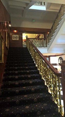 The Atlantic Hotel: Wonderful stylish staircase