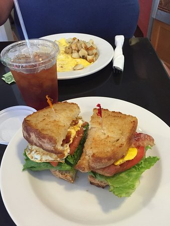 Beth's Kitchen Cafe: photo1.jpg