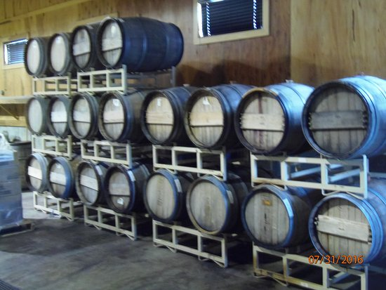 Shelby, NC: wine barrels