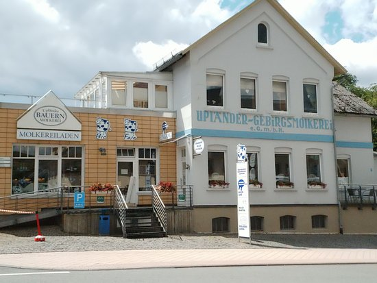 Usseln, ألمانيا:  Upländer-Gebirgsmolkerei  Milchmu(h)seum, mit dem Molkereiladen bekannt für seine Bioprodukte