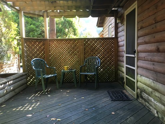 Brookside Cabins: Photo1