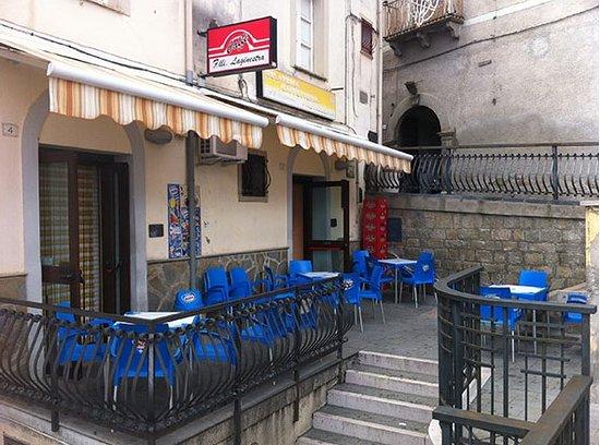 Anzi, Italia: Caffetteria Gelateria Pasticceria F.lli Laginestra