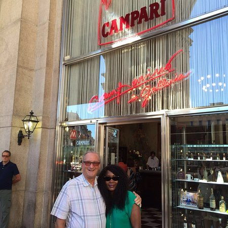 Camparino in Galleria: Campari Bar - away from the heat and the throngs at the Doumo 1.