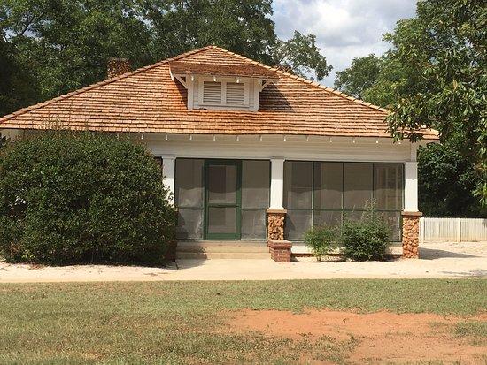 Jimmy Carter National Historic Site : Jimmy Carter's Boyhood Home