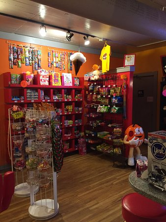Elm Grove, WI: Candy galore!