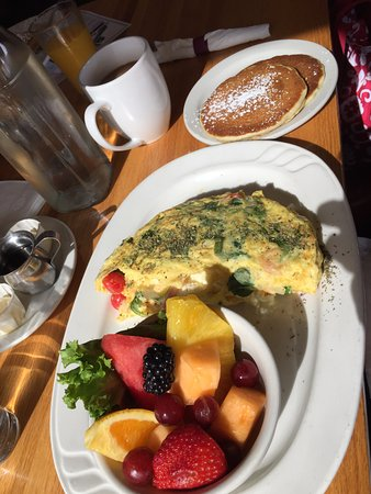 West Milwaukee, WI: Mediterranean omelet