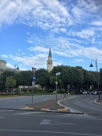 Monfalcone, Italy: Il Duomo di Sant'Ambrogio
