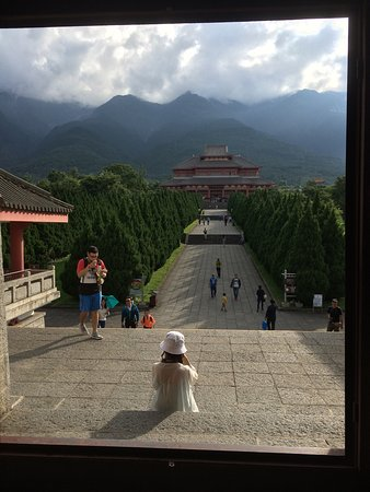 Chongsheng Three Pagodas: photo1.jpg