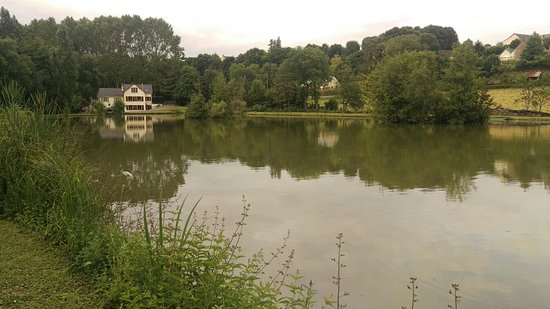 Beaumont Pied De Boeuf, فرنسا: IMAG0252_large.jpg