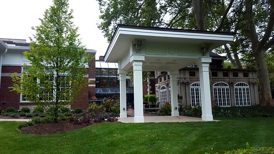 view from the street picture of glidden house cleveland tripadvisor rh tripadvisor com