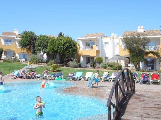 Isla Del Aire Apartments : Sunny days