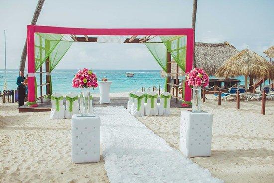 Royalton Punta Cana Resort Wedding Gazebo Decorated By Laura Genao Coordinator