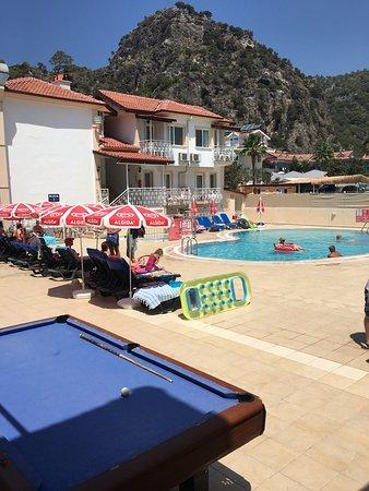 Karbel Beach Hotel: photo0.jpg