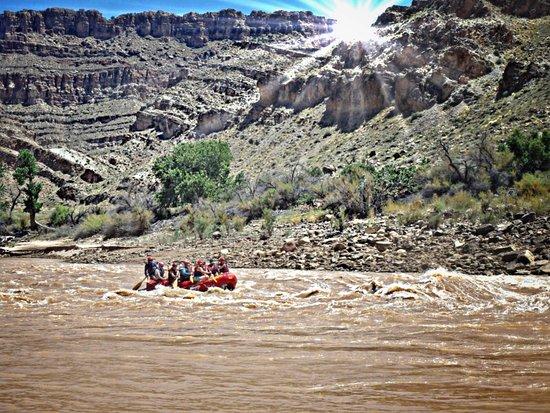 Moab Adventure Center - Day Tours: Cataract Canyon Utah Rafting Adventure
