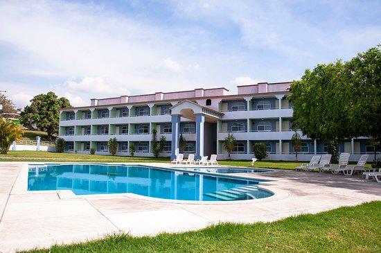 Dorados Conventions & Resort: Laureles