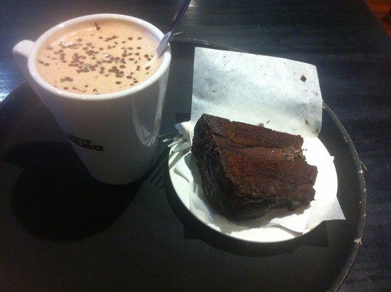 Caffe Nero Chocolate Fudge Cake