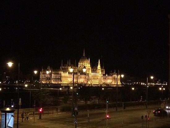 匈牙利國會大廈照片