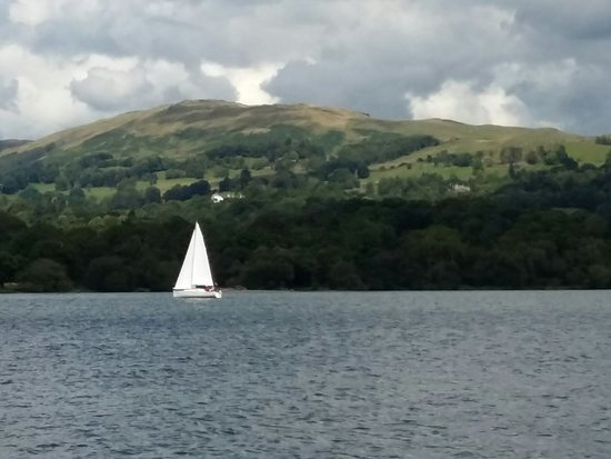Bowness-on-Windermere, UK: 20160731_145002_large.jpg